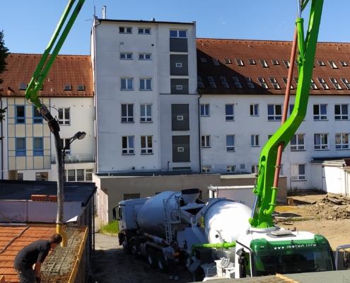 Nemocnice Havlíčkův Brod – oprava garáží a dvora